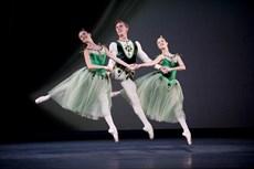 Jewels-Royal-Ballet-20-09-11-292lowres_thumb.jpg