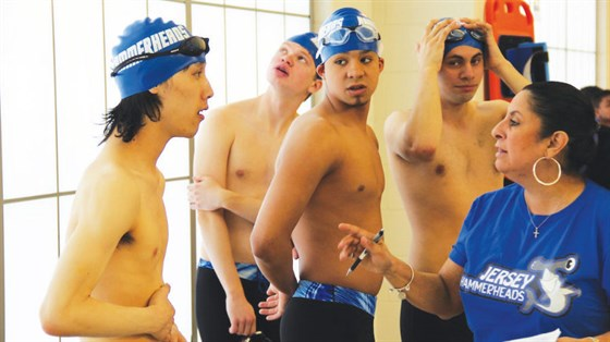 Swimteam11web.jpg