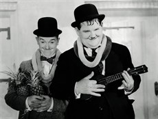 laurel and hardy1_thumb.jpg