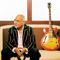 Larry_Carlton_0005.jpg