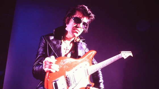 rumble-the-indians-who-rocked-the-world.jpg