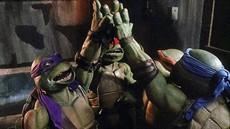 teenage-mutant-ninja-turtles-1990-550px_thumb.jpg