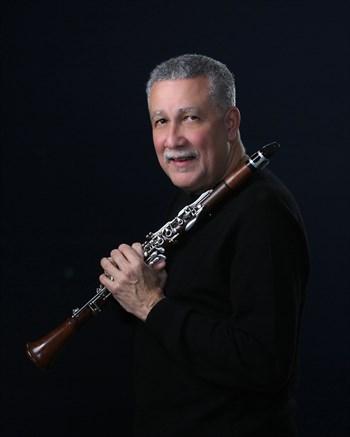 Paquito-with-clarinet-300dpi.jpg
